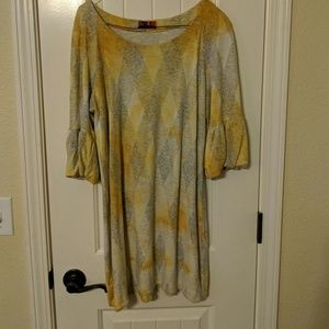 Boutique Yellow and grey tunic by Isle